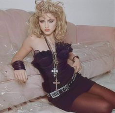 Madonna 80s Fashion, 1980s Madonna, Madonna Looks, Look 80s, Madonna Photos, Music Icon, Material Girls, Style Icons, Pop Culture
