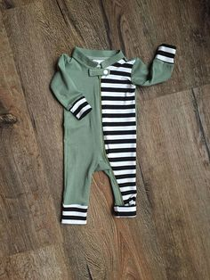 0eff5dd46cb2 355 Best Baby clothes images