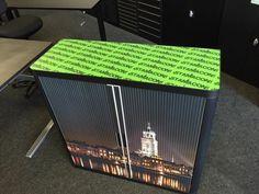 Demo kast van Your- easyOffice voor onze dealer in Deventer. Hier kon de Deventer toren natuurlijk niet ontbreken