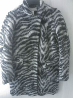 BNWT H&M ZEBRA WOOL MOHAIR COAT, Size 2, 4, 6, 10, 12 SHIPS WORLDWIDE! Please specify what size you would like. HUGE SALE! Buy it for less than instore price. SOLDOUT!!