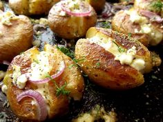 Roasted Greek Potatoes Recipe With Feta Cheese And Oregano -You can find Potatoes and more on our website.Roasted Greek Potatoes Recipe With Feta Cheese And Oregano - Recipe Using Feta Cheese, Feta Cheese Recipes, Onion Recipes, Potato Recipes, Vegetable Recipes, Vegetarian Recipes, Cooking Recipes, Healthy Recipes, Oregano Recipes