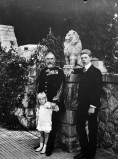 Regele Carol I cu Principele Carol si Principele NIcolae