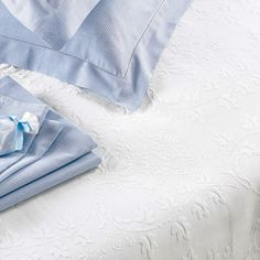Chantilly Bedspread - Cologne  Cotton - OR Do I et Jacquard Jardin???