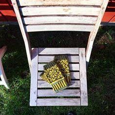 Perrine (@folk_little_hands) • Photos et vidéos Instagram Ladder Decor, Folk, Exterior, In This Moment, Photo And Video, Instagram, Photos, Home Decor, Pictures