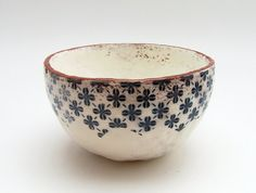 Ceramic Bowl  Vintage Look Pottery  Handmade di susansimonini