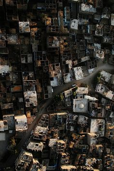 Week Slums evolve due to a lack of federal and city-government guidance, control, and organization.
