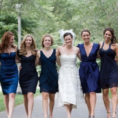 "Bridesmaids in blue - I wish I could ""let go"" enough to let my maids pick their own dresses! I LOVE this lok"