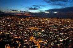 Beautiful view of the huge city of Bogotá, Colombia City Lights At Night, Night City, Santa Lucia, Places Ive Been, Places To Go, Trinidad Y Tobago, Cultural Capital, Built Environment, Travel Memories