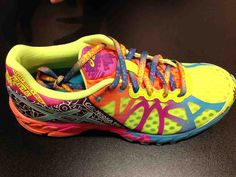 Sneak Peek: 2014 Women& Footwear And Apparel Trends - Competitor Running, Asics Running Shoes, Best Running Shoes, Triathlon Shoes, Asics Gel Noosa, Fitness Fashion, Me Too Shoes, Fashion Shoes, Footwear, Trending Outfits