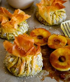 My recipe for these Cape Malay Bobotie filo parcels with apple ring chutney is a delicious twist on the classic South African favourite. South African Dishes, South African Recipes, Easy Dinner Recipes, My Recipes, Phyllo Recipes, Quiche Recipes, Curry Recipes, Fruit Recipes, Beef Recipes