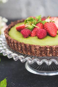 Raw Matcha Cheesecake (vegan & gluten free)