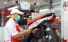 Dibutuhkan segera tenaga kerja untuk bekerja di Sejahtera Jaya Motor, dengan kreteria sebagai berikut: POSISI : Mekanik Motor KUALIFIKASI : PriaAhli dalam mesin maupun luar mesin kendaraan bermotorMemiliki kendaraan pribadiMempunyai pengalaman otomotif mesin minimal 1 tahun.Umur tidak diutamakan.Dicari yang serius kerja!! PERSYARATAN BERKAS : Photo 4x6 1lembarPhoto copy KTP Motorcycle Jacket, Website