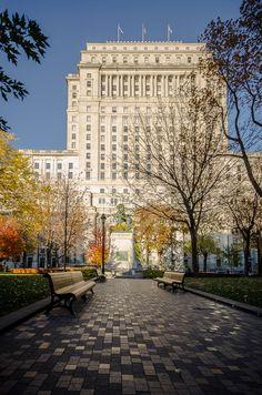 Montreal, Dorchester Square