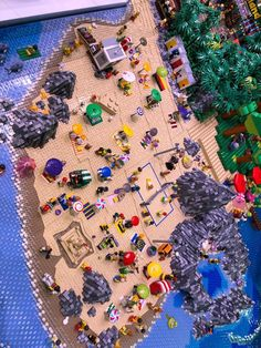 Lego City, Lego Beach, Lego Products, City Layout, Lego Sculptures, Building Drawing, Lego 4, Cool Lego Creations, Awesome Lego