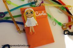 www.unpocodetodo.org - Salvabolsillos de Carla - Salvabolsillos - Broches - Goma eva - crafts - custom - customized - enfermera - foami - foamy - manualidades - nurse - personalizado - 4