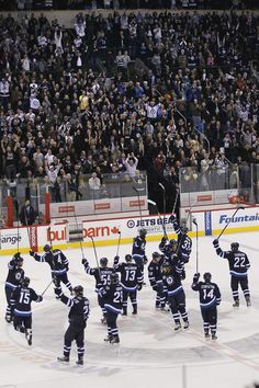 Winnipeg Jets salute the fans after giving them their first win against the Pittsburgh Penguins at the MTS Centre in Winnipeg, Monday, October Jets Hockey, Ice Hockey Teams, Dustin Byfuglien, Jet Fan, Hockey Quotes, Vancouver Canucks, National Hockey League, Sports Humor, Nhl