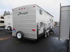 2016 Used Crossroads Zinger 26DT Travel Trailer in New York NY.Recreational Vehicle, rv, 2016 Crossroads Zinger26DT, 1 Slide Out, Booth Dinette, Center Kitchen, Center Living Room, Composite Counter Tops, Double door refrigerator, Ducted AC, Electric Patio Awning, Electric Water Heater, Front & Rear Stabilizer Jacks, Front Queen Bed, Gas Water Heater, Grab Handle, Jackknife Sofa, Microwave, Outside Shower, Power Tongue Jack, Rear Corner Bath, RVIA Seal, Skylight above Tub, Spare Tire, Triple…