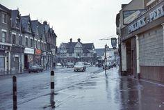 london 1969 | Croydon with Swan & Sugarloaf pub in centre.