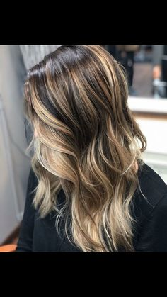 Long Wavy Ash-Brown Balayage - 20 Light Brown Hair Color Ideas for Your New Look - The Trending Hairstyle Brown Hair Balayage, Brown Blonde Hair, Brown Hair With Highlights, Light Brown Hair, Hair Color Balayage, Ombre Hair, Dark Hair, Blonde Fall Hair Color, Balayage Hairstyle
