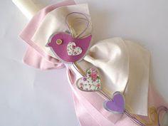 λαμπάδα βάπτισης για κοριτσάκι με λουλουδάκια και καρδούλες Shabby Chic, Floral, Jewelry, Birds, Baby, Fashion, Moda, Jewlery, Jewerly
