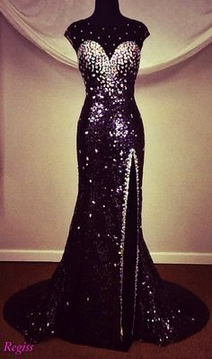 Panoply prom 2014 Love this slinky sequined gown from Panoply's prom 2014 collection -