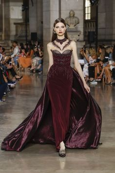 Georges Hobeika   Haute Couture Fall-Winter 2017-18   Look 27