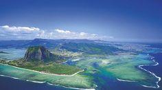Séjournez à l'ile Maurice en trouvant un vol avec hotel pas cher sur notre comparateur de voyage #voyage #comparateur #hotel #vols #location
