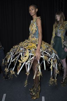 Guo Pei Spring 2017 Couture Fashion Show Backstage - The Impression