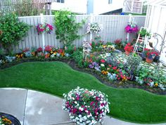 - Small garden design ideas are not simple to find. The small garden design is unique from other garden designs. Space plays an essential role in small . Front Yard Landscaping, Backyard Landscaping, Landscaping Ideas, Mulch Ideas, Landscape Design, Garden Design, Recycled Planters, Walled Garden, Diy Garden Projects