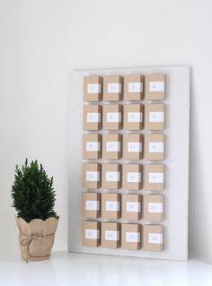 DIY Adventcalendar Detials & Links on the blog: http://lilaliv.ch/2014/11/its-time-to-make-an-advent-calendar/