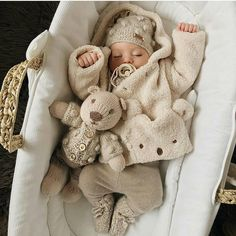 Baby Girl Clothes Set 2019 Autumn Set Cotton T-shirt Pants Headband fall Infant Clothes Newborn Baby Girl Clothing Set – Cute Adorable Baby Outfits Cute Little Baby, Cute Baby Girl, Little Babies, Cute Babies, Baby Kids, Funny Babies, Baby Baby, Bebe Love, Foto Baby