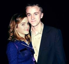 Emma Watson and Tom Felton Draco Harry Potter, Hery Potter, Draco And Hermione, Harry Potter Films, Harry Potter Universal, Harry Potter World, Hermione Granger, Dramione, Cute Owls Wallpaper