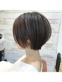 Pin on ショートヘア Medium Hair Styles, Short Hair Styles, Japanese Haircut, Gorgeous Hair Color, Cool Short Hairstyles, Haircut And Color, Asian Hair, Girl Short Hair, Long Hair Cuts