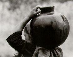 Tina Modotti  Woman with olla  1926