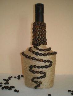 Elképesztő milyen csodás dolgokat készíthetsz egy kis spárgából, ha van egy kis türelmed! - Bidista.com - A TippLista! Wine Bottle Glasses, Empty Wine Bottles, Wine Bottle Art, Diy Bottle, Wine Bottle Crafts, Bottles And Jars, Jar Crafts, Coffee Bean Decor, Coffee Bean Art