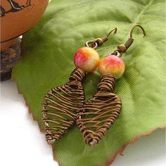 Autumn leaves Wire bead earrings £12.00 Jewelry Design Earrings, Unique Earrings, Wire Jewelry, Jewelry Crafts, Beaded Jewelry, Handmade Jewelry, Jewlery, Wire Necklace, Wire Earrings