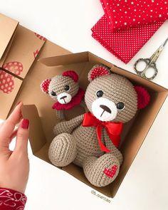 All free amigurumi crochet patterns and tutorials. Bunny Crochet, Crochet Teddy Bear Pattern, Crochet Baby Toys, Crochet Patterns Amigurumi, Amigurumi Doll, Crochet Animals, Teddy Bear Patterns, Free Crochet, Diy Crafts Crochet