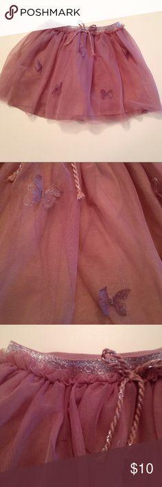 ❤️SALE❤️Girls tutu skirt Girls dusty rose tutu skirt with metallic butterfly appliqués and metallic waistband.Size 5-6 Zara Girls Bottoms Skirts