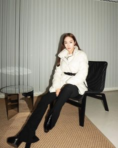 Jessica Jung Fashion, Jessica & Krystal, Kpop Fashion, Snsd, Girls Generation, Asian Woman, Normcore, Photography, Color