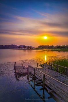 Donghu Lake, Wuhan, China