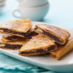 Recipe for super yummy Chocolate and Banana Quesadillas using our Plain Flour Soft Tortillas. Tortillas, Soft Tortilla, Mexican Food Recipes, Ethnic Recipes, Santa Maria, Breakfast Snacks, Tex Mex, Vegan Desserts