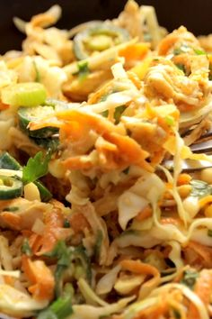 This simple chopped Thai chicken salad has incredible flavor. - This simple chopped Thai chicken salad has incredible flavors – peanut, lime, soy, chili, cilantro. Topped with a homemade dressing. Healthy and fresh. Thai Chicken Salad, Chicken Salad Recipes, Healthy Salad Recipes, Orzo Recipes, Broccoli Chicken, Thai Pasta, Chopped Chicken Salads, Healthy Dinners, Healthy Chicken Salads
