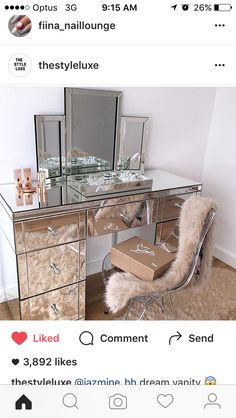 29 New Diy Vanity Table Inspiration . 17 Diy Vanity Mirror Ideas to Make Your Room More Beautiful Closet Vanity, Vanity Room, Diy Vanity Mirror, Vanity Set, Vanity Ideas, Mirror Ideas, Table Mirror, Mirror Art, Small Vanity