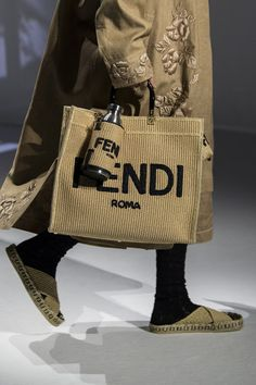Spring Bags, Summer Bags, Concept Clothing, Fendi Tote, Fabric Bags, Cloth Bags, Luxury Bags, Fashion Bags, Milan Fashion