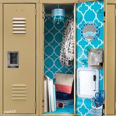 Add a bit of personality to your locker this school year with colored wallpaper, a mirror, a dry erase board and other locker accessories. Locker Crafts, Diy Locker, Locker Ideas, Diy Chandelier, Locker Organization, Locker Storage, Locker Lookz, School Locker Decorations, School