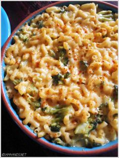 Broccoli Cheddar Macaroni and Cheese