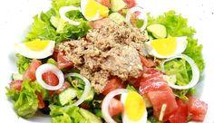 Салат с тунцом - предлагаем подробное описание приготовления (состав + способ приготовления) этого замечательного итальянского блюда.