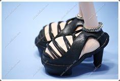 Sandalias de tacón en goma eva para fofucha  www.xeitosas.com