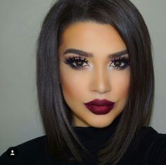 Love that makeup ... Not a fan of outlining outside your lips