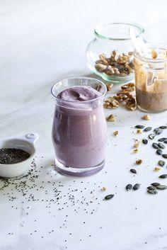 Whole-Food Protein Smoothie - This low sugar, high protein smoothie from Dr Mark Hyman's 10 Day Detox Diet is loaded with nutrients and delicious.